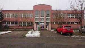 Budova knihovny před rekonstrukcí